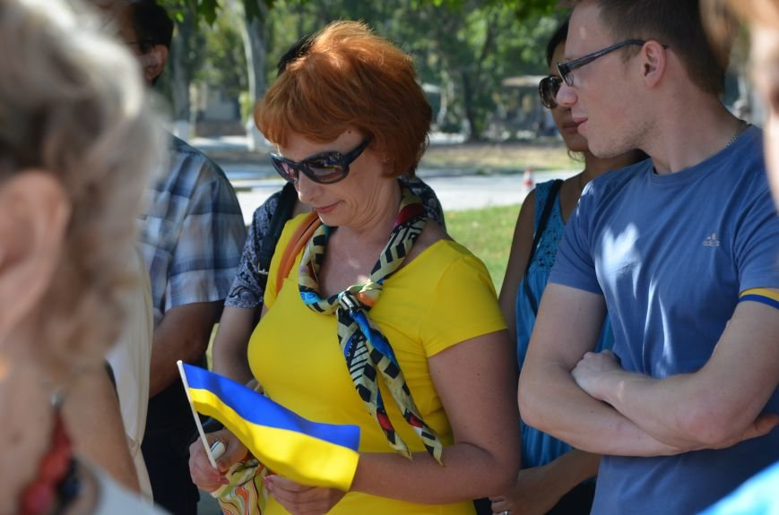 Мариупольцы на митинге в честь Дня Независимости написали письмо Петру Порошенко (ФОТОРЕПОРТАЖ), фото-9