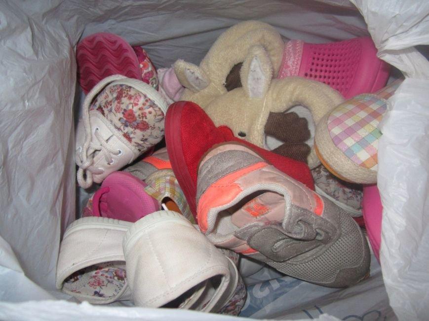 В Мариуполе беженцы получили гуманитарную помощь из Испании (ФОТО), фото-5