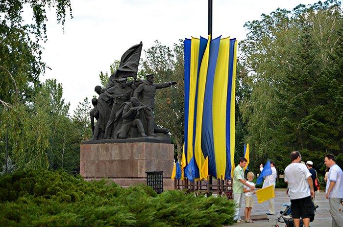 Ко Дню Независимости Николаев оделся во флаги, горожане - в вышиванки (ФОТОРЕПОРТАЖ), фото-10