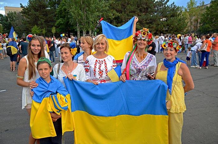 Ко Дню Независимости Николаев оделся во флаги, горожане - в вышиванки (ФОТОРЕПОРТАЖ), фото-13