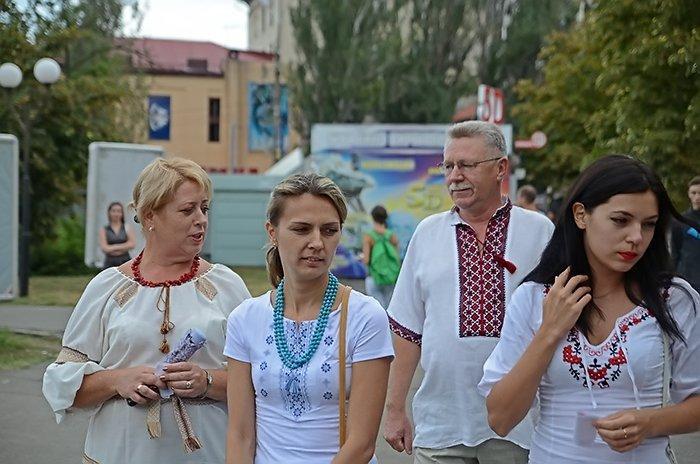 Ко Дню Независимости Николаев оделся во флаги, горожане - в вышиванки (ФОТОРЕПОРТАЖ), фото-2