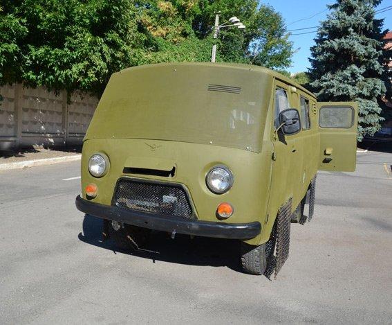 Харьковские сотрудники ГАИ усовершенствовали автомобиль для бойцов «АТО», фото-1