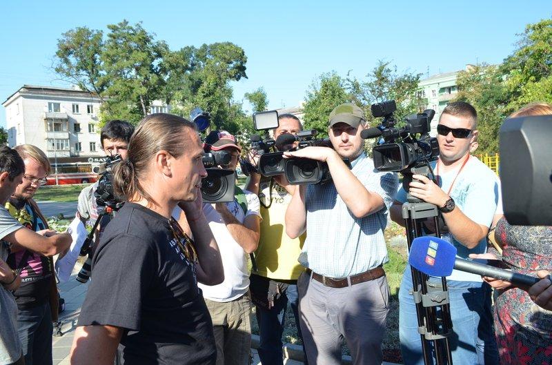 В Симферополе требовали освободить журналистов, задержанных на востоке Украины (ФОТО, ВИДЕО), фото-6