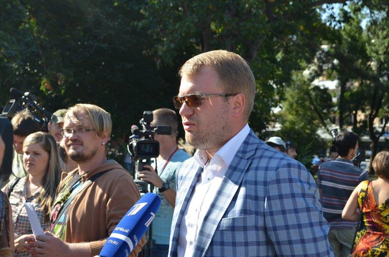 В Симферополе требовали освободить журналистов, задержанных на востоке Украины (ФОТО, ВИДЕО), фото-11