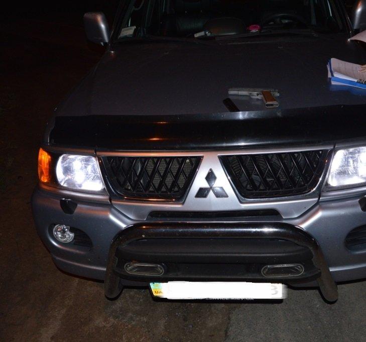 В области остановили автомобиль, в котором перевозили оружие (фото), фото-2