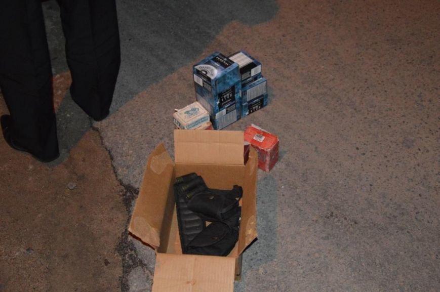 В области остановили автомобиль, в котором перевозили оружие (фото), фото-5
