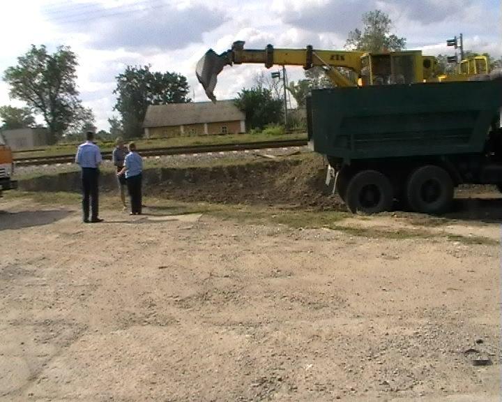 Сумська область: поблизу елеватора та залізничної колії знайдено артснаряд (ФОТО), фото-1