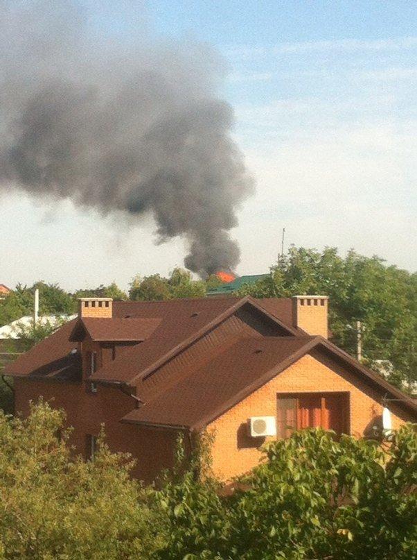 В Донецке горит район Калининского рынка и хлебозавод на Полиграфической (ФОТО), фото-1