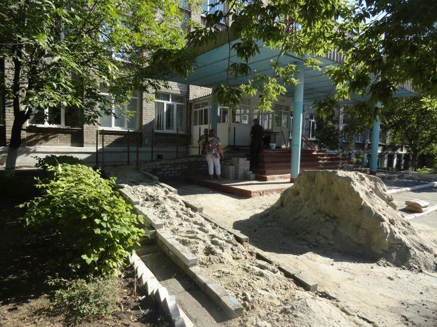 Некоторые мариупольские школы готовятся к открытию в евростандарте (ФОТО), фото-1