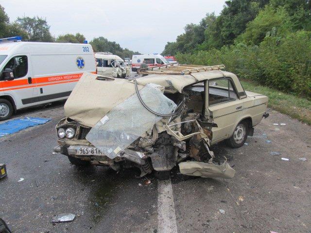 Смертельное ДТП на трассе Киев-Одесса: среди погибших двое детей (ФОТО), фото-2