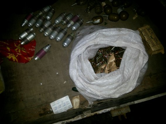 Мужчина пытался въехать в Харьков в автомобиле с ПЗРК, гранатами и автоматом, фото-1