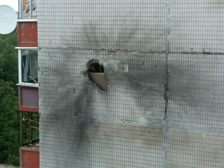 В Донецке в результате обстрела погибли 15 человек (ФОТО), фото-2