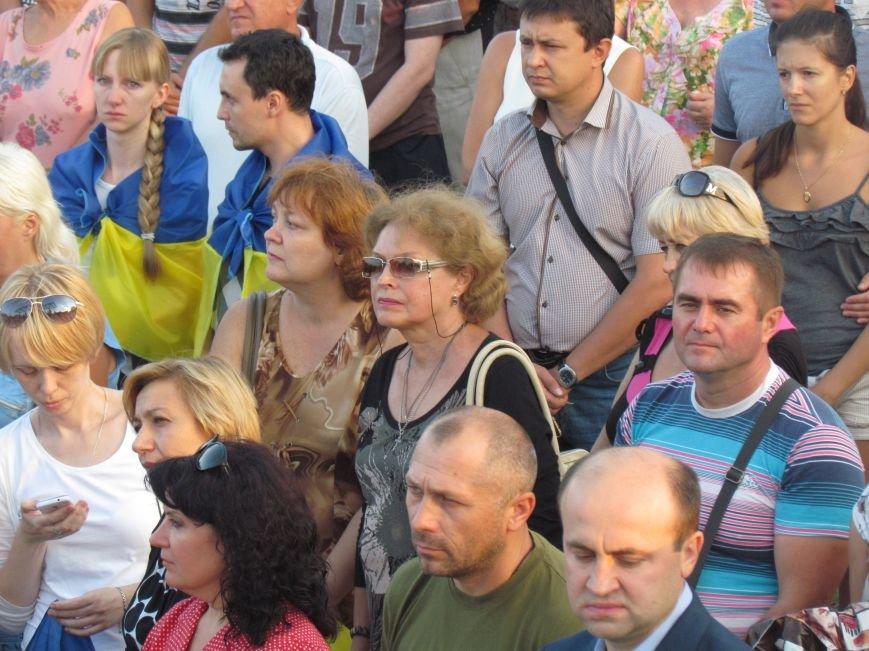 В Мариуполе на митинге за мир пели гимн Украины, молились и записывались в «живой щит» (ДОПОЛНЕНО+ФОТО+ВИДЕО), фото-14