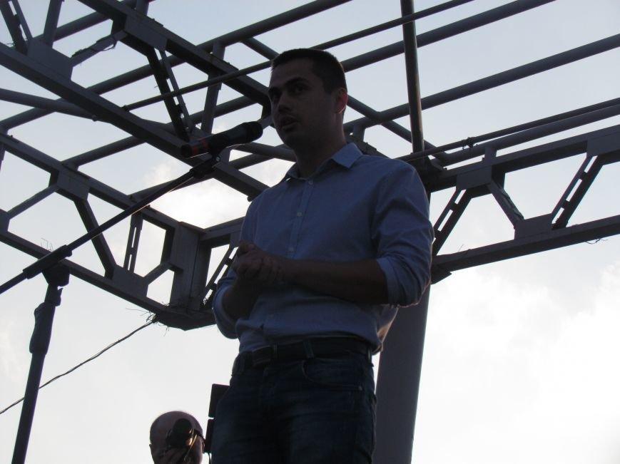 В Мариуполе на митинге за мир пели гимн Украины, молились и записывались в «живой щит» (ДОПОЛНЕНО+ФОТО+ВИДЕО), фото-23