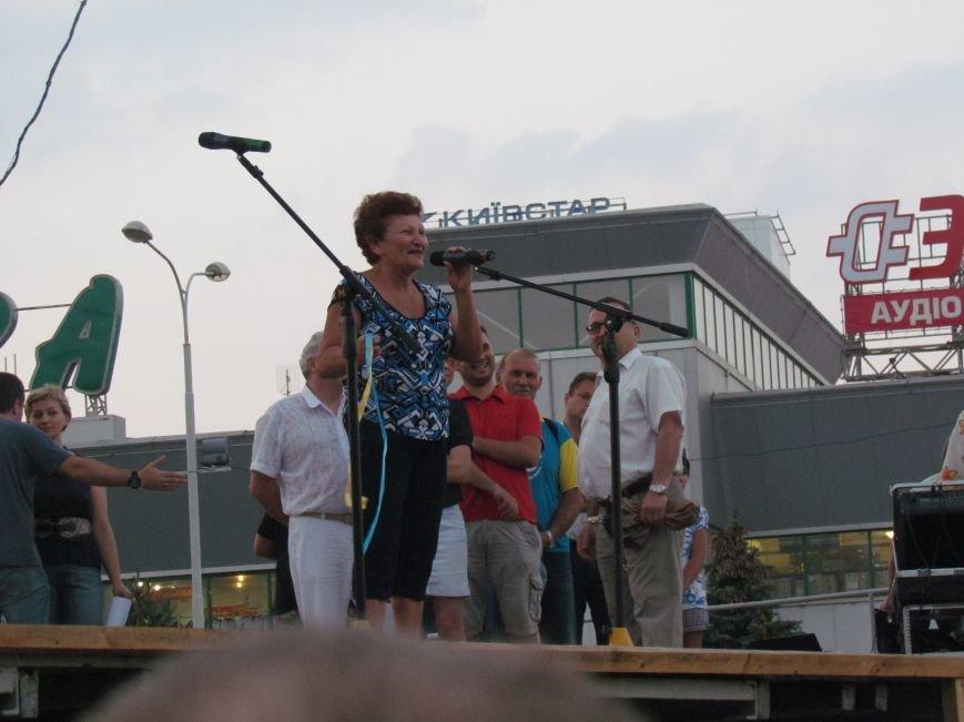 В Мариуполе на митинге за мир пели гимн Украины, молились и записывались в «живой щит» (ДОПОЛНЕНО+ФОТО+ВИДЕО), фото-33
