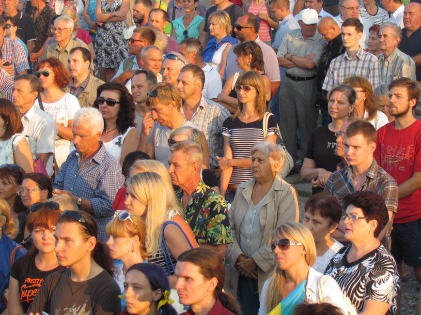 В Мариуполе на митинге за мир пели гимн Украины, молились и записывались в «живой щит» (ДОПОЛНЕНО+ФОТО+ВИДЕО), фото-18