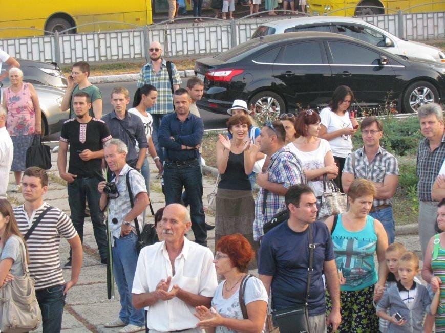 В Мариуполе на митинге за мир пели гимн Украины, молились и записывались в «живой щит» (ДОПОЛНЕНО+ФОТО+ВИДЕО), фото-26