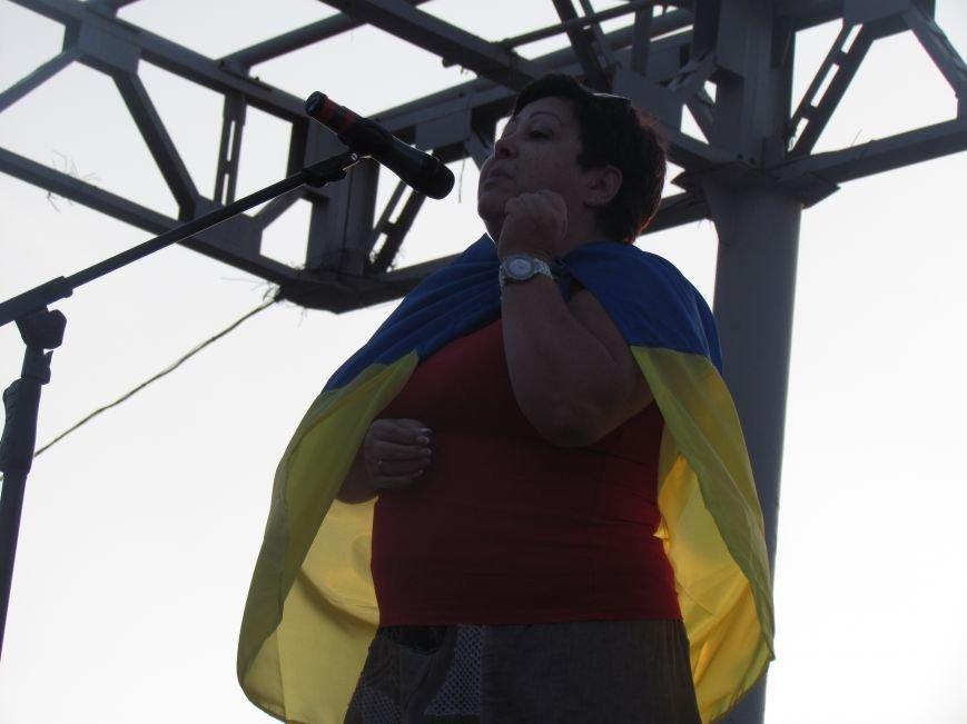 В Мариуполе на митинге за мир пели гимн Украины, молились и записывались в «живой щит» (ДОПОЛНЕНО+ФОТО+ВИДЕО), фото-24
