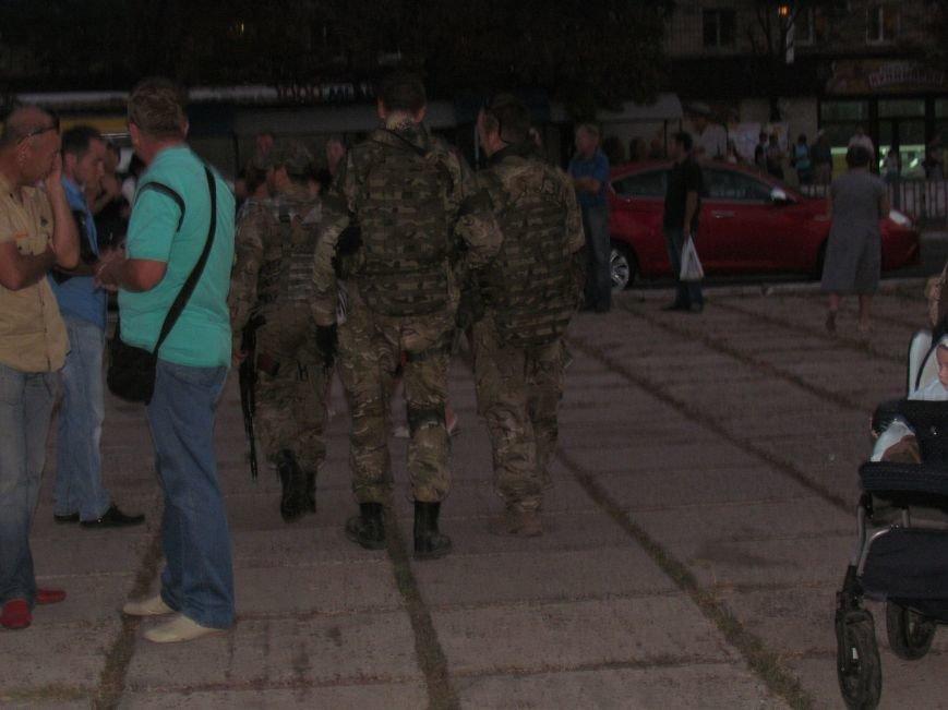 В Мариуполе на митинге за мир пели гимн Украины, молились и записывались в «живой щит» (ДОПОЛНЕНО+ФОТО+ВИДЕО), фото-37
