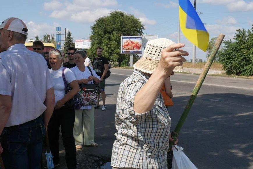Мариупольцы роют окопы, чтобы в город не вошли российские военные (ФОТО), фото-10