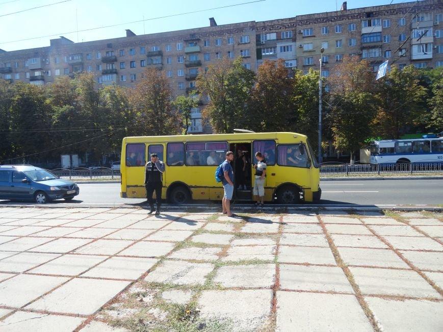 Мариупольцы роют окопы, чтобы в город не вошли российские военные (ФОТО), фото-3