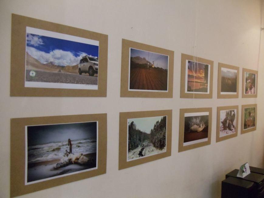 В Ильичёвске открылась выставка фотографий со всего мира (Фотоотчёт), фото-4