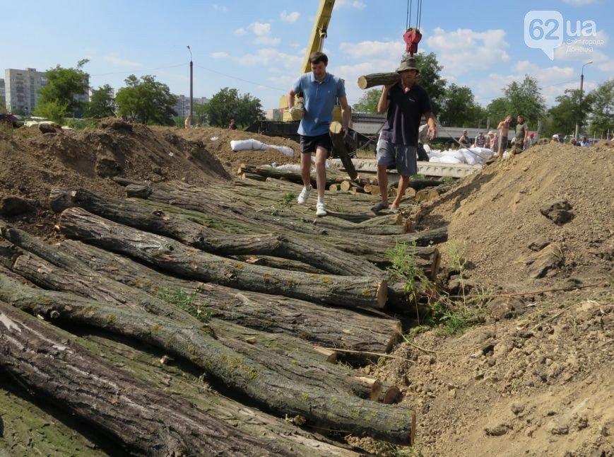 Жители Мариуполя активно готовят город к отражению штурма российской армии (ФОТО+ВИДЕО), фото-4