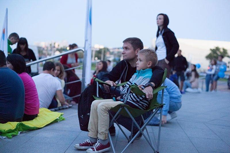 Несколько сотен белгородцев пришли посмотреть фильм «Поддубный» под открытым небом, фото-2