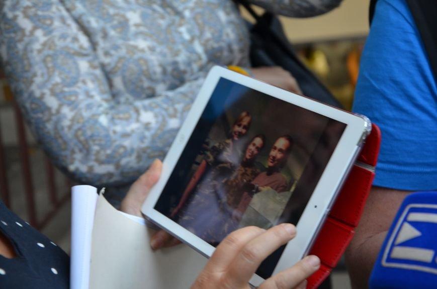 В Мариуполь прибыла уполномоченный президента Украины по мирному урегулированию конфликта на Востоке Ирина Геращенко (ФОТО), фото-4