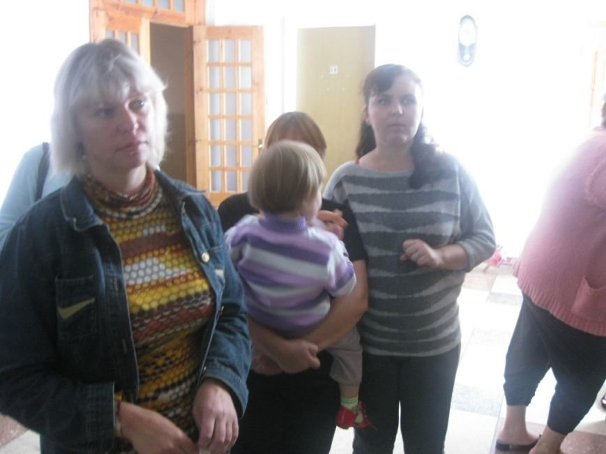Надежда Киселева_ крайняя слева