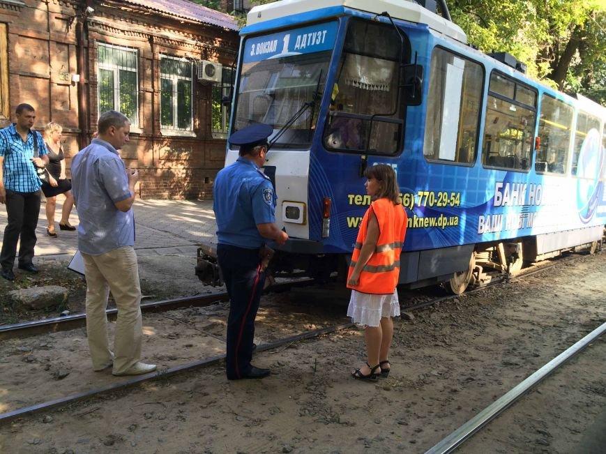 В Днепропетровске трамвай сбил пешехода (ФОТО), фото-3
