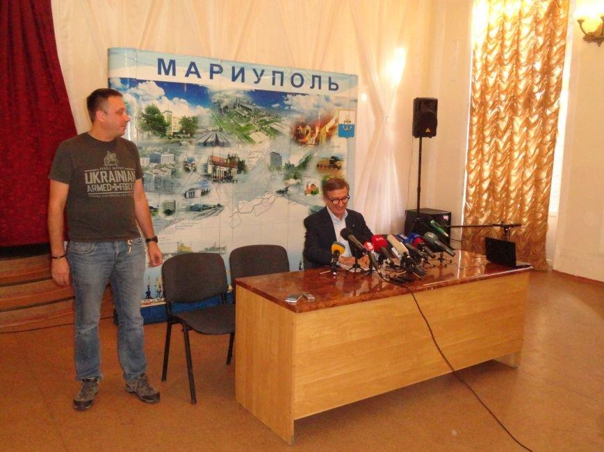 У нас достаточно сил, чтобы отразить любые попытки захватить Мариуполь -Тарута (ВИДЕО), фото-2