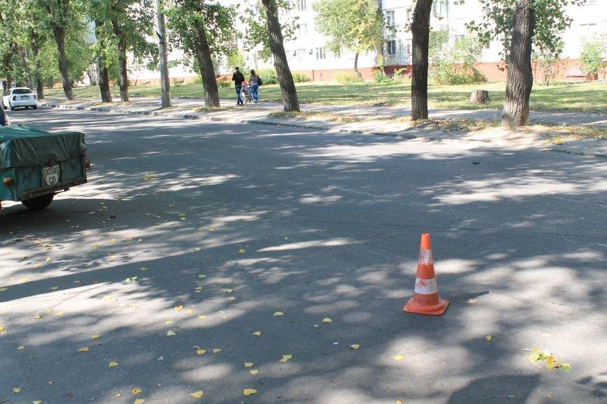 В Сумах на ул. Кондратьева Opel и Лада не поделили дорогу, и застопорили движение на улице (ФОТО), фото-5
