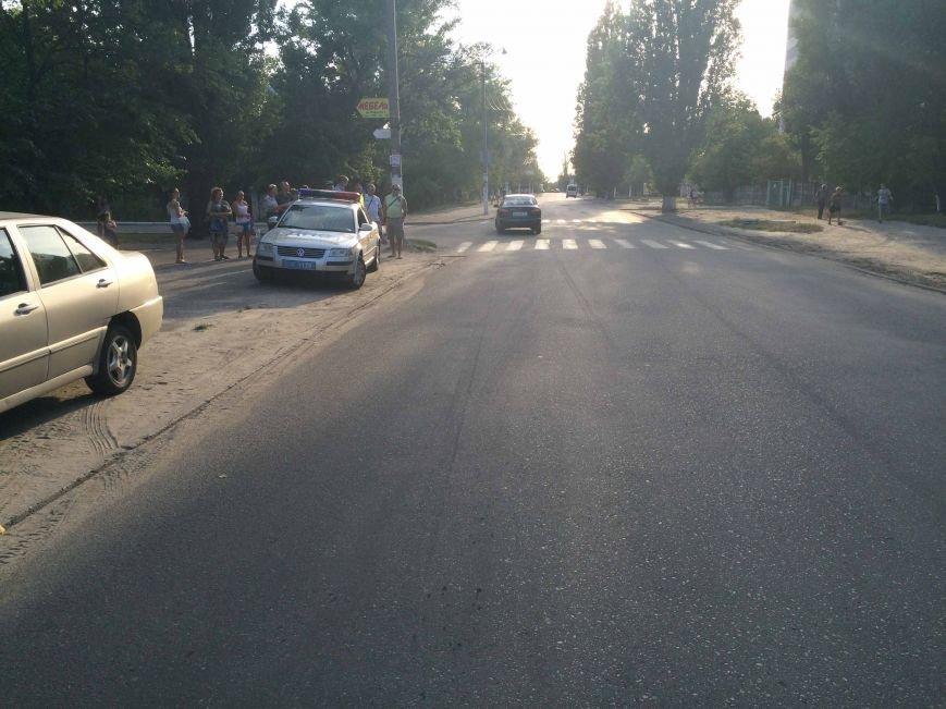 В Днепропетровске водитель автомобиля наехал на 5-летнего ребенка, фото-4