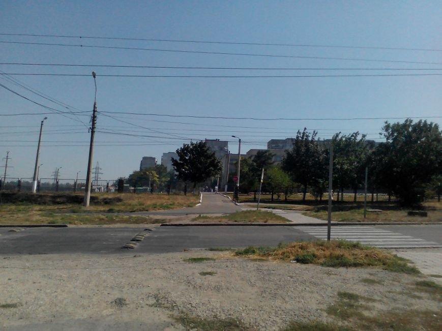 В Мариуполе уцелел блокпост на выезде в Новоазовск (ФОТО), фото-1