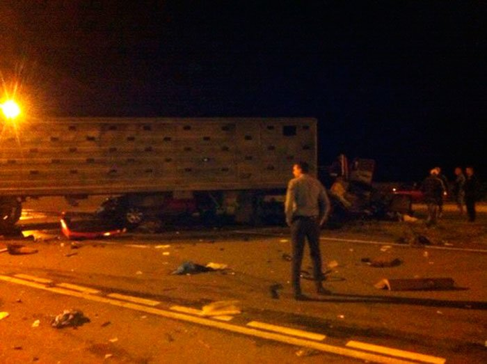 Под Белгородом в столкновении КАМАЗа и легковушки погибли два человека, фото-2