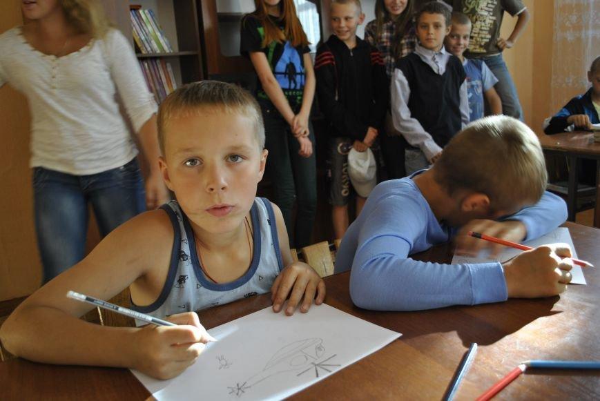 На Рівненщині влаштують благодійний аукціон на підтримку армії (Фото), фото-17