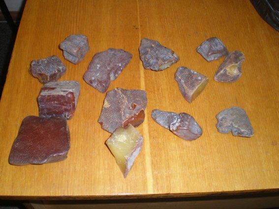 Правоохоронці виявили та вилучили близько 50 кілограм бурштину (Фото), фото-3