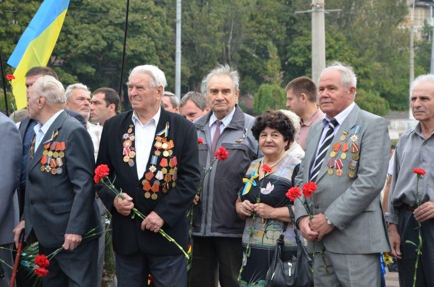 Мариупольцы празднуют День освобождения города от немецко-фашистских захватчиков (ФОТОРЕПОРТАЖ), фото-5