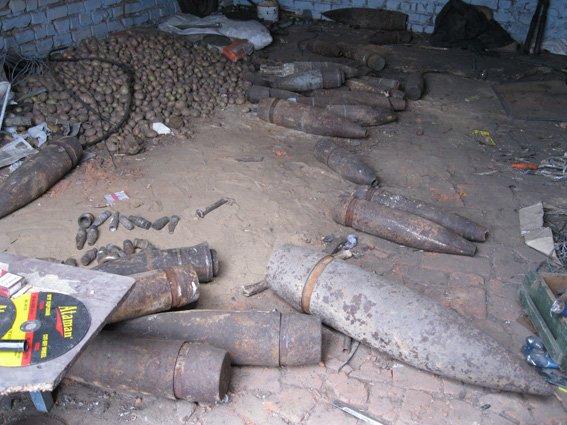 Житель Днепропетровщины планировал «сдать на металл» 30 артиллерийских снарядов, фото-2