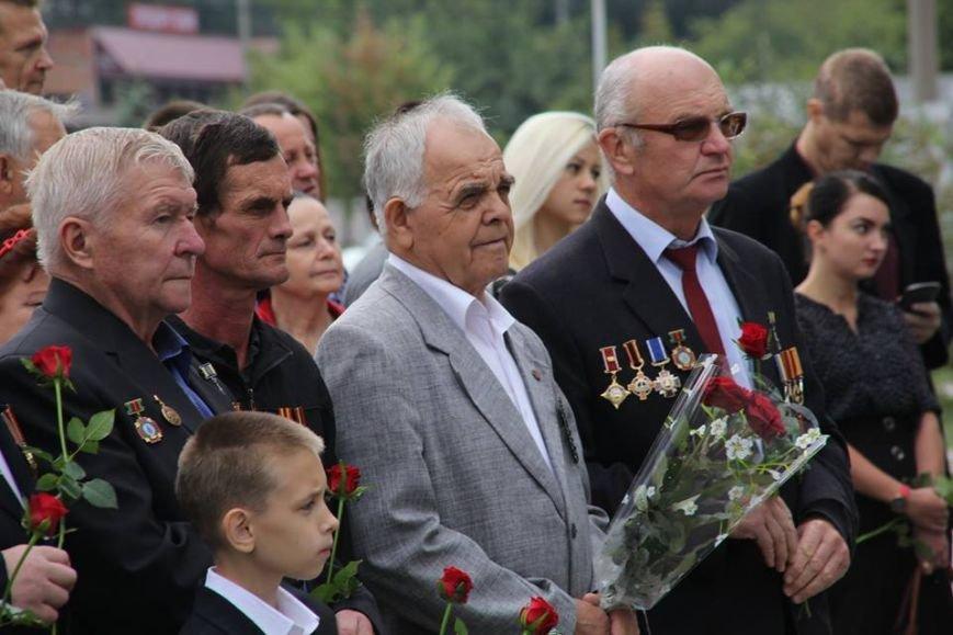 В Днепропетровске у памятника героям Чернобыля провели митинг-реквием (ФОТОРЕПОРТАЖ), фото-18
