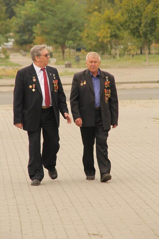 В Днепропетровске у памятника героям Чернобыля провели митинг-реквием (ФОТОРЕПОРТАЖ), фото-38