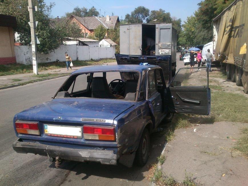 В результате ДТП, на перекрестке Аношкина и Республиканской перевернулось авто, фото-2