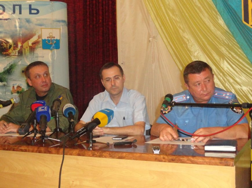 Комендантского часа в Мариуполе нет - штаб  обороны (ФОТО, ВИДЕО), фото-1