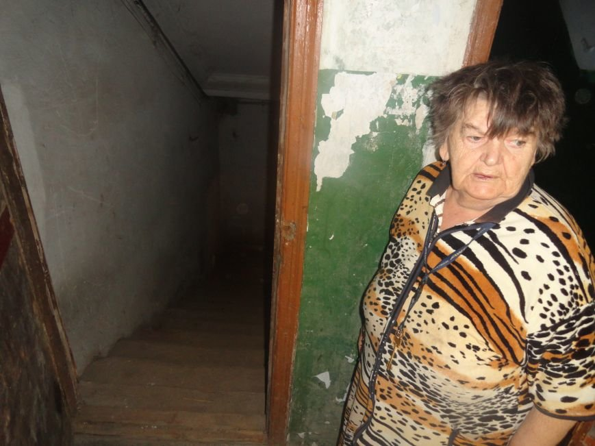 Мариупольцы своими силами благоустраивают бомбоубежище (ФОТОРЕПОРТАЖ), фото-9