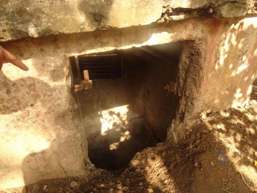 Мариупольцы своими силами благоустраивают бомбоубежище (ФОТОРЕПОРТАЖ), фото-8