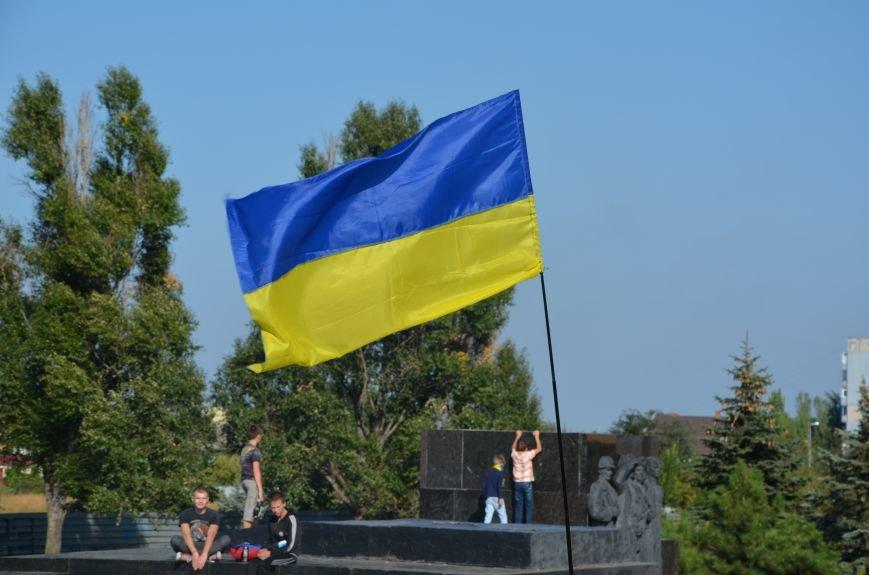 В Мариуполе вышили карту Украины (ФОТОРЕПОРТАЖ), фото-27