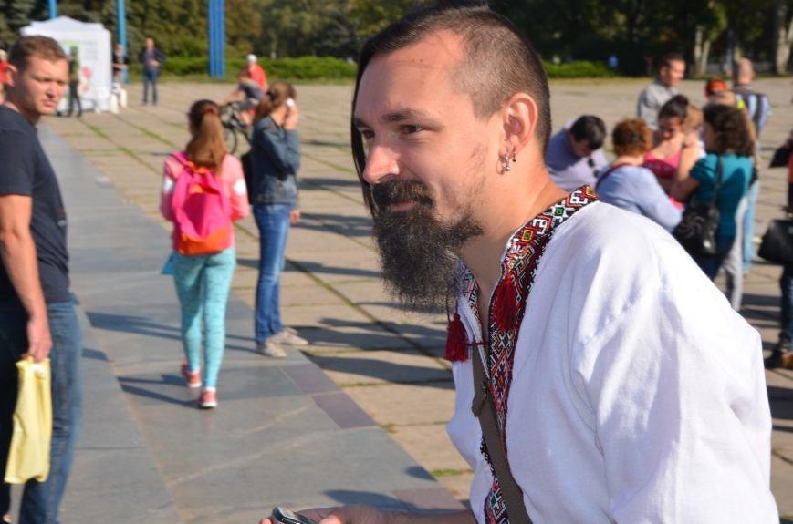 В Мариуполе вышили карту Украины (ФОТОРЕПОРТАЖ), фото-12