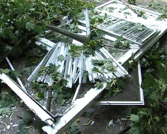 В Сумах мужчина взорвал квартиру, потому что ему «надоело жить» (ФОТО), фото-1