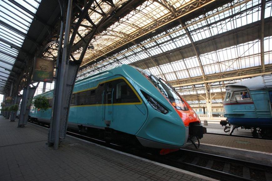 Новый Крюковский дизель-поезд испытывали с перегрузом по горной местности (ФОТО), фото-1